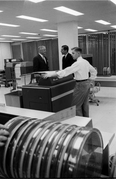 ibm_60s_02