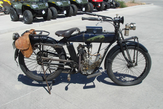indian_motorcycle_1913_1