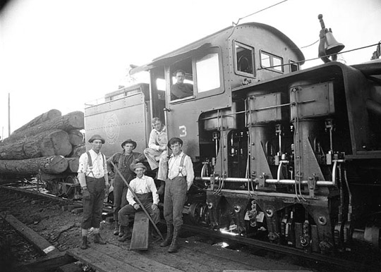 logging_locomotive_13
