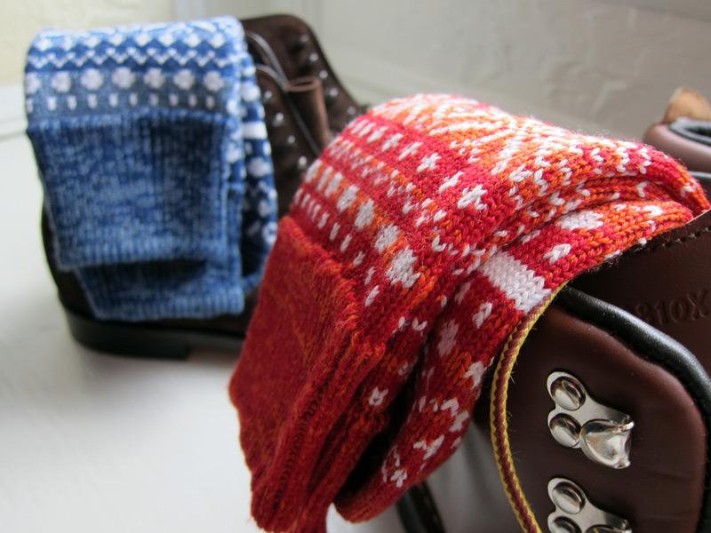 corgi_fair_isle_socks_2